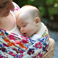 The Benefits Of Baby Wearing In The First 12 Months Baby Carriers